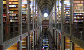 Library of the old university in Copenhagen by Eric Mueller Flickr CC